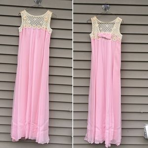 Vintage 60s formal pink maxi dress w daisies S